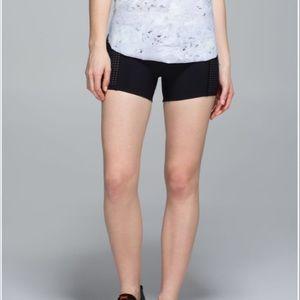 lululemon athletica Shorts - Lululemon water swim athletic shorts size 8 medium